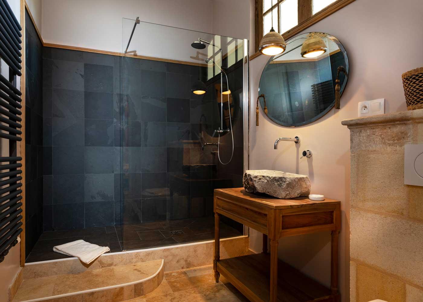 salle-de-bain-vercors-chateau